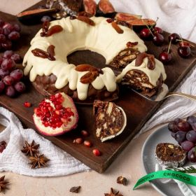 the classic chocolate Christmas wreath by Chococo handcrafted in Dorset